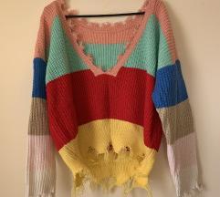 REZ//Off-shoulder pisan pulover