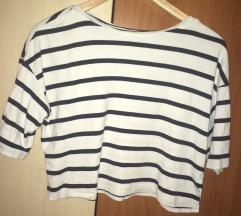 Kratka majica - crop top