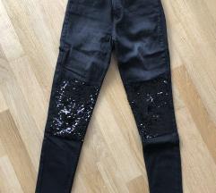 H&M hlače z bleščicami MPC 39,90