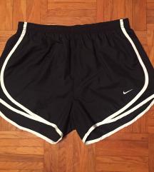 Ženske Nike kratke hlače M