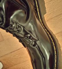 Novi visoki črni škornji fake dr.  Martens