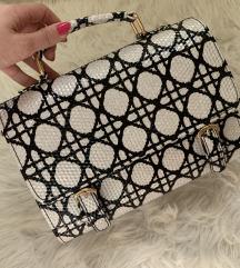 NOVA vzorčasta torbica