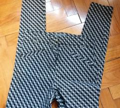 Primark elastične karo skinny hlače