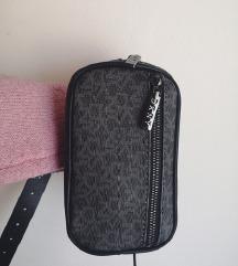 Nova beltbag torba DKNY mpc 89€