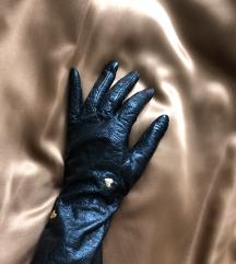 Usnjene rokavice z zlatimi srci