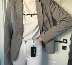 Nov blazer z etiketo 40