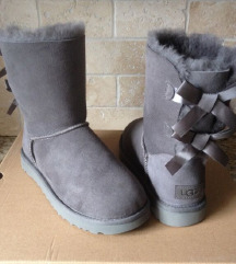 AKCIJA: sive UGG Bailey Bow 37 in 38