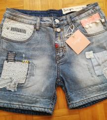Jeans kratke hlače, velikosti M in L