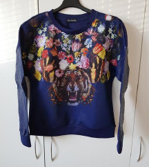 nov moder pulover, mikica