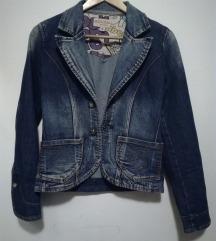 Jeans krajša jaknica
