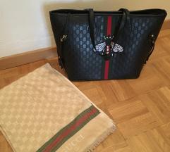Gucci torbica in šal