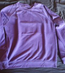 Različni puloverji