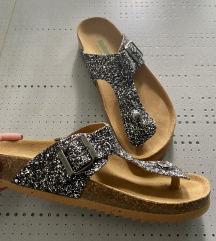 Usnjeni sandali z bleščicami