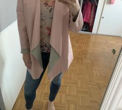 Roza usnjena jaknica