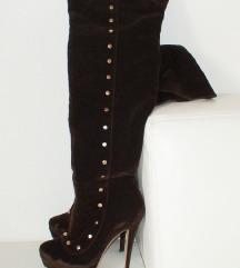 Rjavi pliš ženski škornji čez koleno s petko