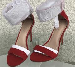 Rdeči sandali s peto NOVI