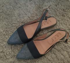 Sandali 38