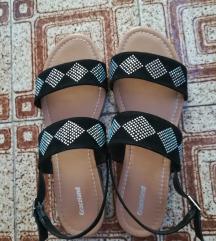 črni sandali z bleščicami
