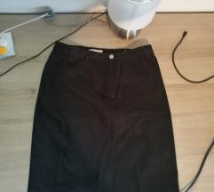 črna pencil skirt