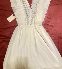 Bela oblekica1
