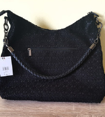 Nova torbica z etiketo ❤️
