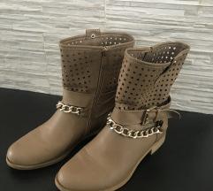 Nižki škornji