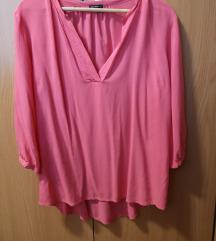 Lahka srajca v roza barvi