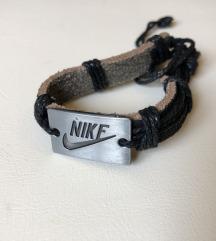 Zapestnica Nike
