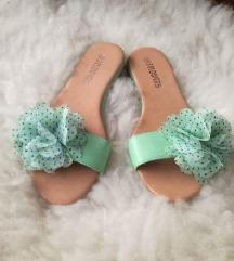 Novi mint sandali