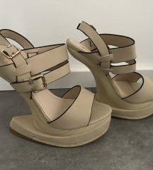 Nude čevlji