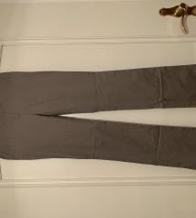 Svetlo sive elegantne hlače