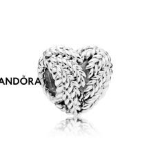 Pandora obesek srce narave