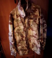 Vojaška peščena jakna