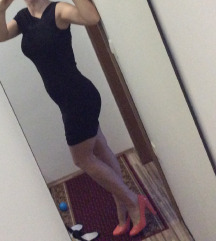 Mala črna obleka s