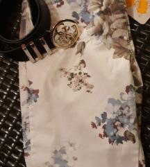 AKCIJA 10€ NOVE Rožasto bele hlače