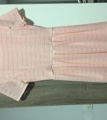 svetlo roza oblekca