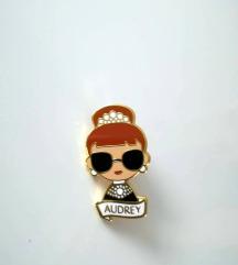 Broška enamel pin Audrey Hepburn in brezplačna ptt