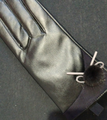 nove rokavice