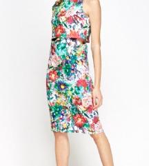 Obleka s cvetličnim vzorcem