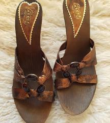 NOVO, čevlji z 10 cm peto, št. 40