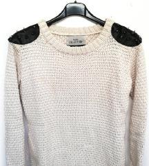 ZNIŽ.Bershka studded pulover