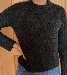 nov PIECES pulover
