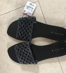 NOVI Zara slippers natikači