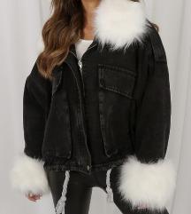 Jeans jakna z krznom nova nikoli nosena