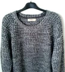 ZNIŽ.Siv pleten pulover