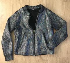 Jesenska barvna jakna