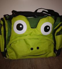 Praktično ne uporabljena otroška športna torba
