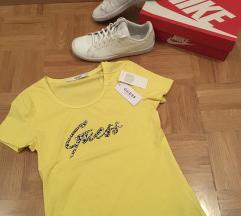 Nike superge in Guess majčka
