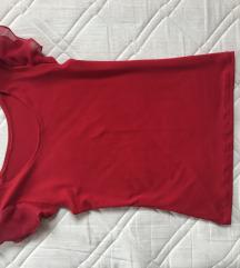 Kratka rdeča majica