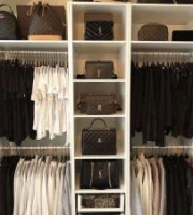Velik komplet oblačil